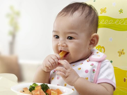 giúp bé không biếng ăn hiệu quả